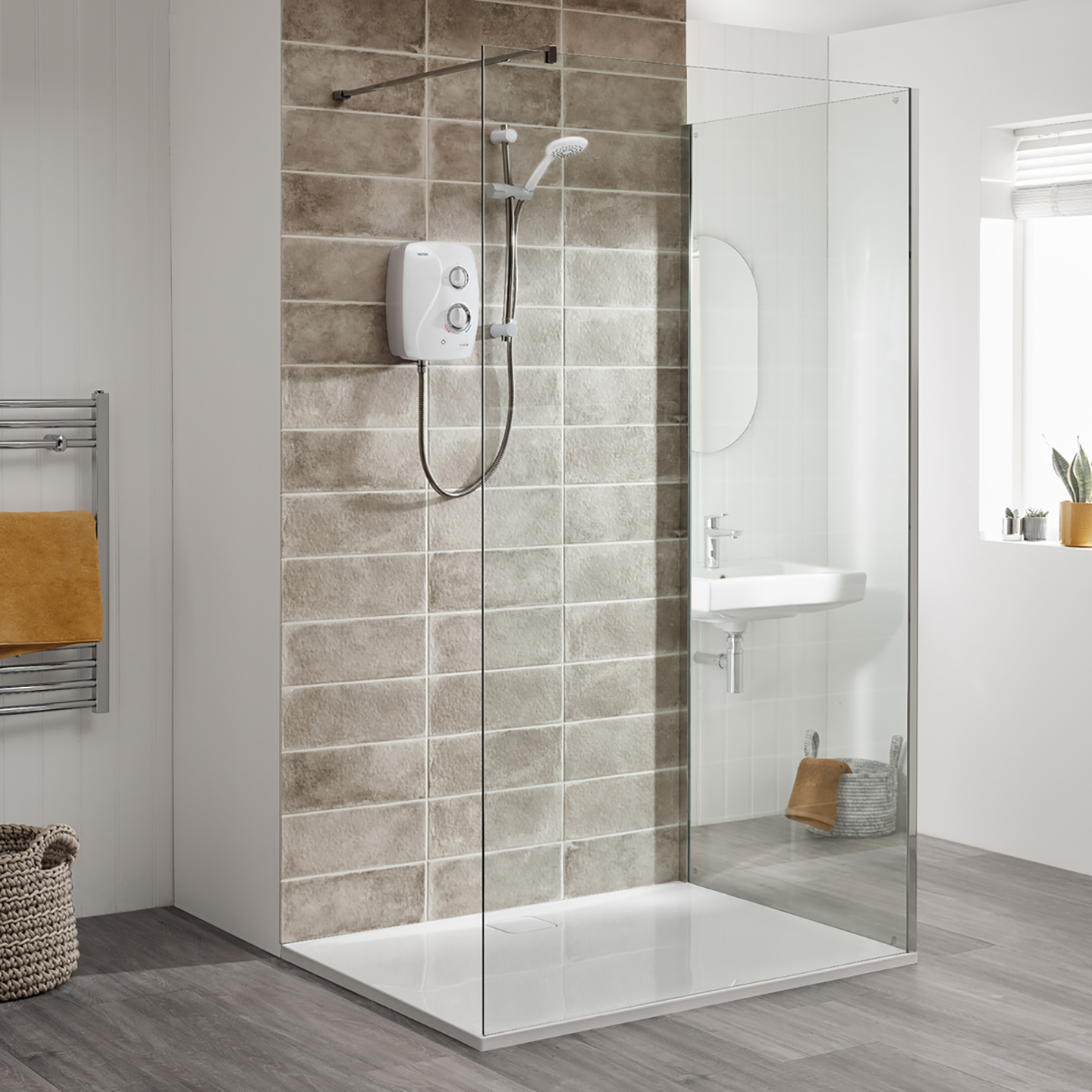 Novel SR - Silent Running Power Shower